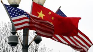 drapeau_americain_chinois_washington_usa