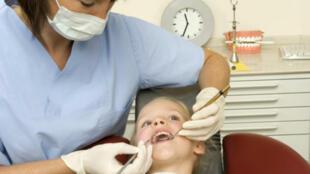 نموّ الأسنان وتطوّرها