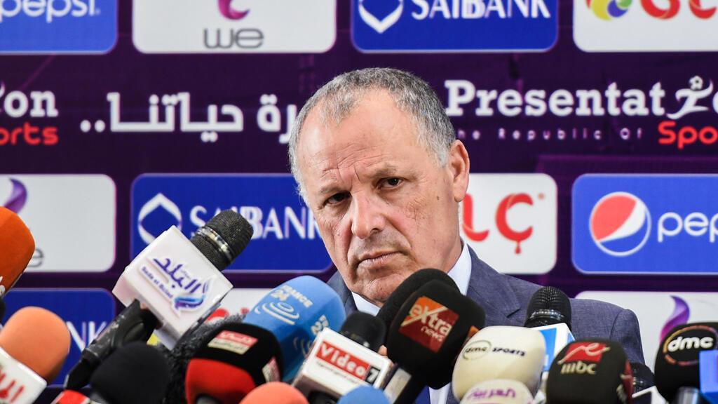 رئيس اتحاد كرة القدم المصري هاني أبو ريدة