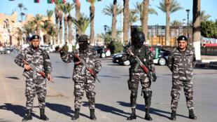 عناصر من القوى الأمنية الليبية في العاصمة طرابلس