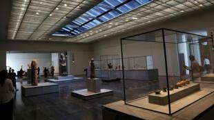 """داخل متحف اللوفر بـ""""أبو ظبي"""""""