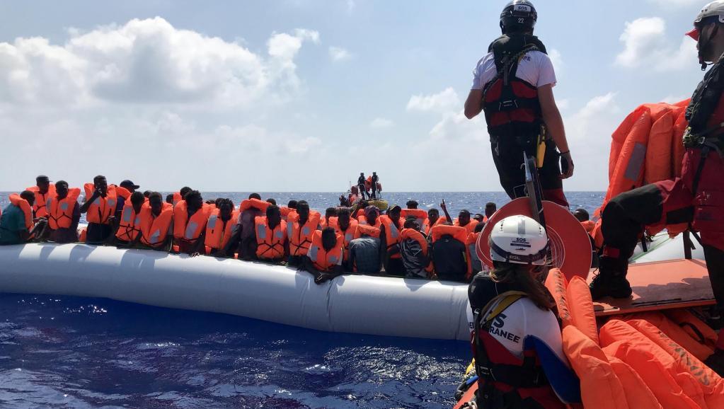 opération_-sauvetage_-navire-humanitaire_Ocean_-Viking_afp