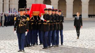 التكريم العسكري للرئيس الراحل جاك شيراك