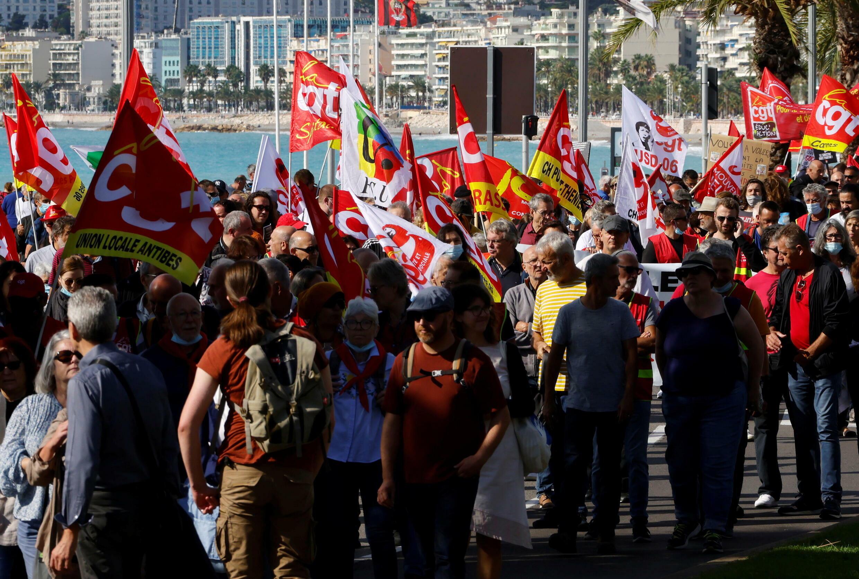 مظاهرات في فرنسا للمطالبة بزيادة الحد الأدنى للأجور