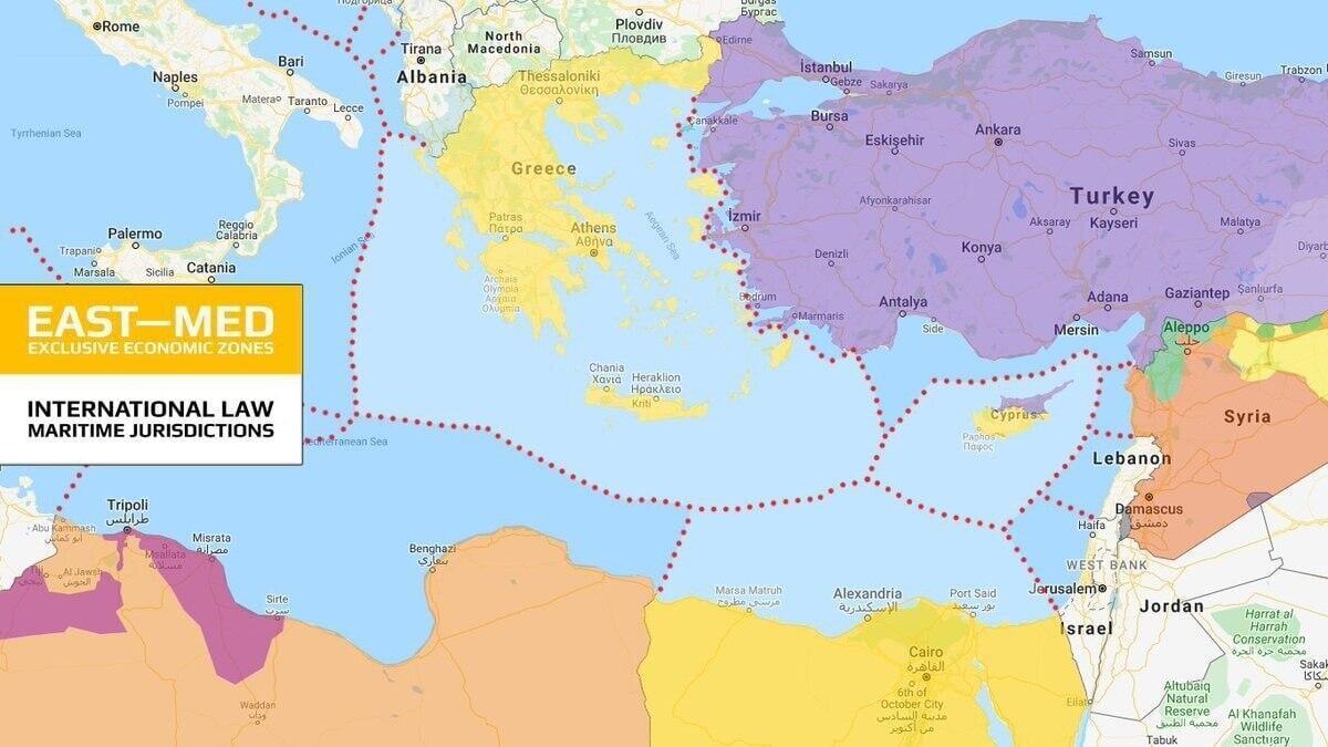 الحدود البحرية وفقا للاتفاق اليوناني - الإيطالي