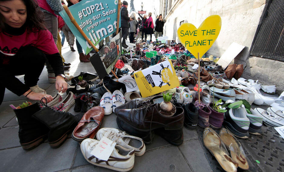 مظاهرة الأحذية