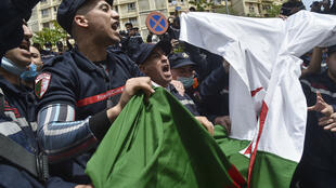 خلال مظاهرات الحراك الجزائري في العاصمة