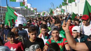 احتجاجات في الجزائر-