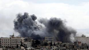 آثار القصف والغارات في الغوطة الشرقية