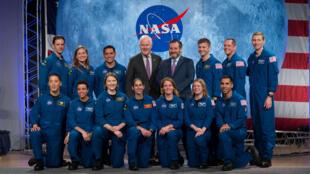 دفعة جديدة من رواد الفضاء ينضمون للناسا