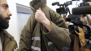 الموظف الفرنسي رومان فرانك بعد القاء القبض علية من قبل الأمن الداخلي الإسرائيلي