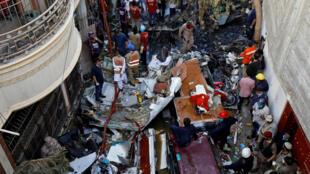 مكان تحطم الطائرة في باكستان