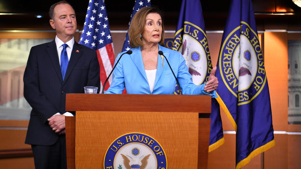 رئيسة مجلس النواب نانسي بيلوسي