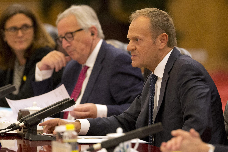 رئيس المجلس الأوروبي دونالد توسك ورئيس المفوضية الأوروبية جان كلود يونكر