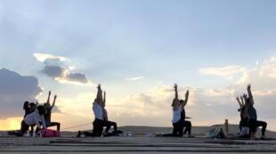 yoga_egypt_pyramids_violence_women