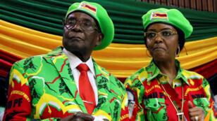 رئيس زيمبابوي روبرت موغابي  وزوجته غريس موغابي 7 تشرين الأول/ أوكتوبر 2017