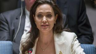 النجمة إنجلينا جولي في مجلس الأمن