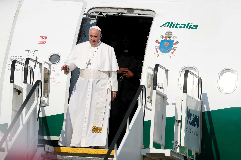 البابا فرنسيس يصل إلى سلوفاكيا