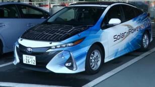 سيارة تايوتا بوريس العاملة بالطاقة الشمسية
