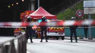 مكان الحادث في ضاحية لاي ليروز شرق باريس يوم 3 فبراير 2020