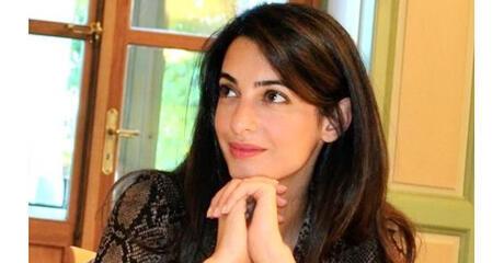 صورة للمحامية البريطانية من أصول لبنانية أمل علم الدين