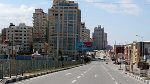 شارع بقطاع غزة لا مارة فيه