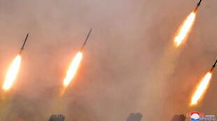 صواريخ لوحدات المدفعية البعيدة المدى التابعة للجيش الكوري الشمالي
