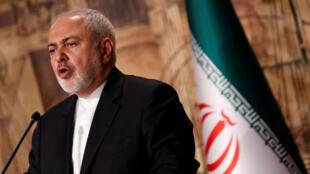 وزير الخارجية محمد جواد ظريف في إسطنبول