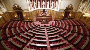 إحدى قاعات مجلس الشيوخ الفرنسي