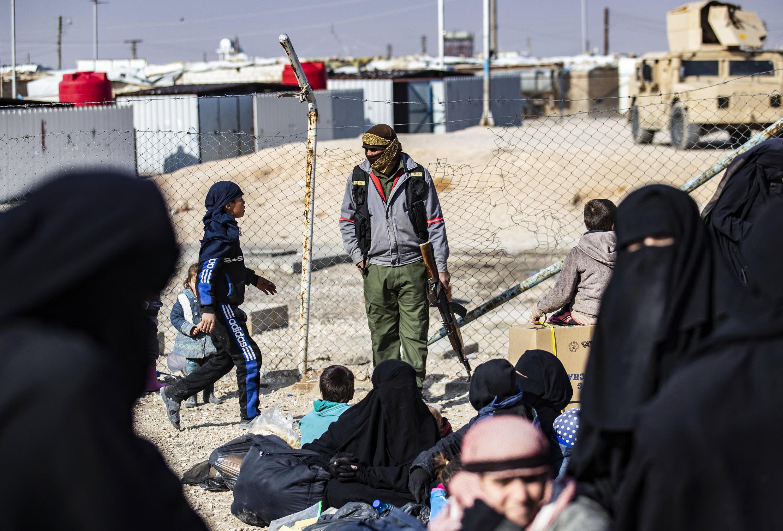 camp de prisonniers daech- kurdes