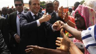 زيارة الرئيس الفرنسي إيمانويل ماكرون إلى أبدجان