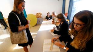 انطلاق عملية الاقتراع في الانتخابات السويدية