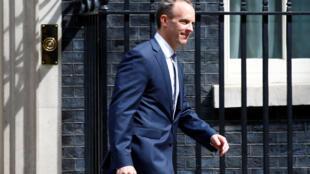 الوزير البريطاني المعيّن الجديد والمكلّف ملفّ بريكست دومينيك راب
