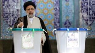 2021-06-18T063321Z_590493892_RC2U2O99VVNB_RTRMADP_3_IRAN-ELECTION