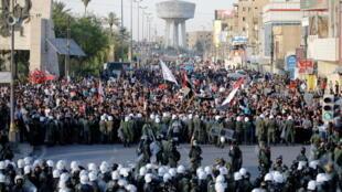 2021-05-25T150833Z_1248151335_RC23NN9VZU20_RTRMADP_3_IRAQ-PROTESTS