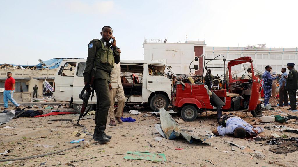 مكان هجوم انتحاري سابق في العاصمة الصومالية مقديشو