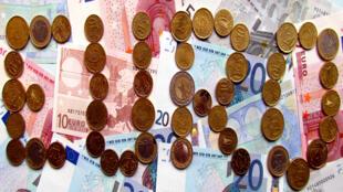 """فئات من عملة """"اليورو"""""""
