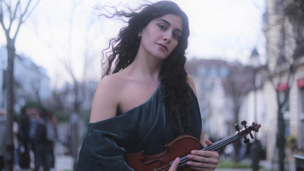 الموسيقية اللبنانية ليال شاكر