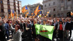 تظاهر رؤساء البلديات في كاتالونيا