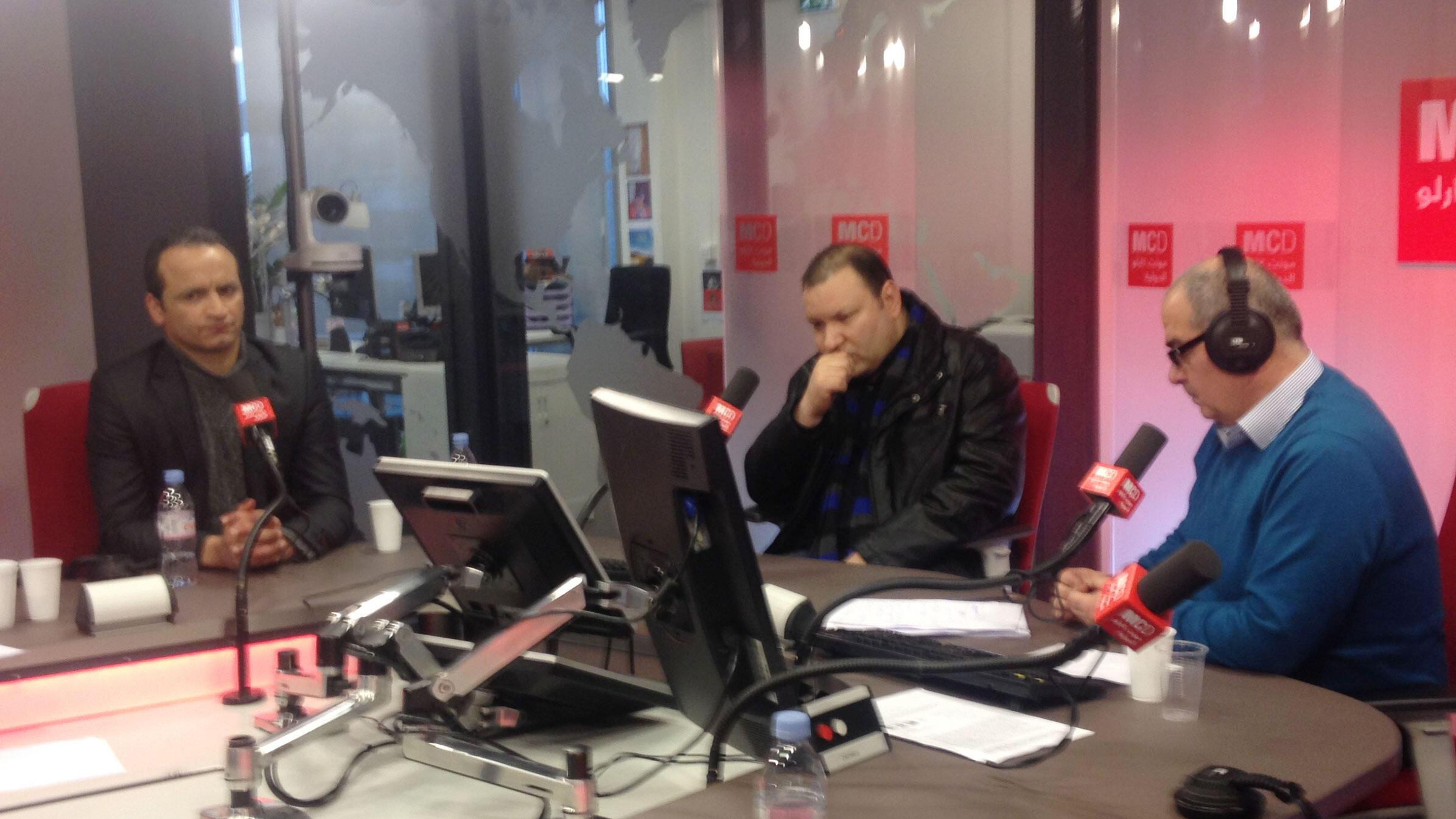 صورة لضيوف البرنامج في استديوهات مونت كارلو الدولية