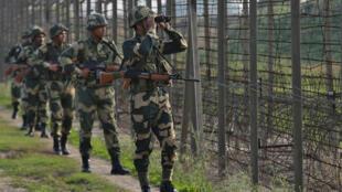 أفراد من الجيش الهندي