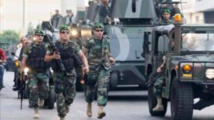 أعضاء من الجيش اللبناني-