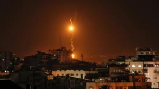 israel-flares