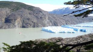 الكتلة الجليدية التي انفصلت عن كتلة غراي في تشيلي
