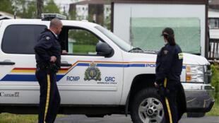 عناصر من الشرطة الملكية الكندية