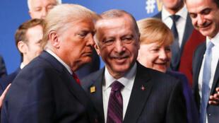 الرئيس التركي رجب طيب إردوغان مع نظيره الأمريكي دونالد ترامب