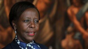 وزيرة خارجية رواندا لويز موشيكيوابو