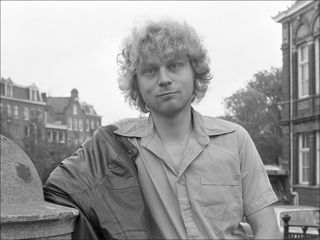 المخرج الهولندي ثيو فان غوخ الذي اغتاله إرهابي عام 2004