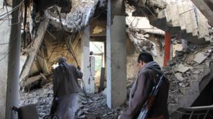 مبنى حكومي مهدم بفعل الغارات الجوية للتحالف،صعدة (11-01-2017)