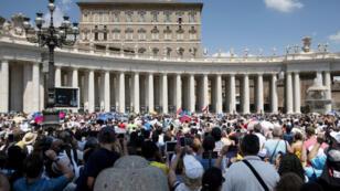 ساحة القديس بطرس أثناء إلقاء البابا كلمته الأحد في 22 تموز/يوليو 2018